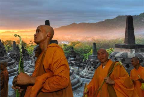 dawn ar Borobudo